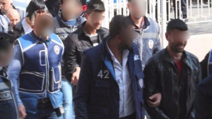 Gaziantep ve Van'da terör operasyonu: 20 gözaltı