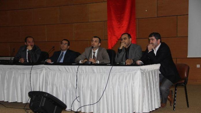 Afyonkarahisar Devlet Hastanesi'nde 'Hekimlerin Sorunları Ve Çözüm Önerileri' Paneli Düzenlendi