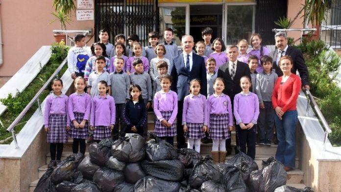 Başkan Kale, Duyarlı Öğrencileri Kutladı