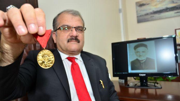 İstiklal Madalyasını 110 sene torunu teslim aldı