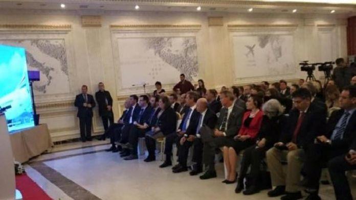 Kosova'daki 'Limak Havalimanı Hizmetleri Enstitüsü' ilk mezunlarını verdi