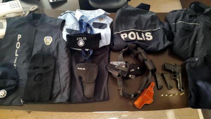 Polis üniforması giyip esnafı dolandırdı