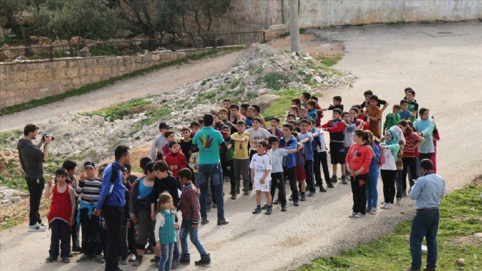 Suriye'de savaşın gölgesinde maraton