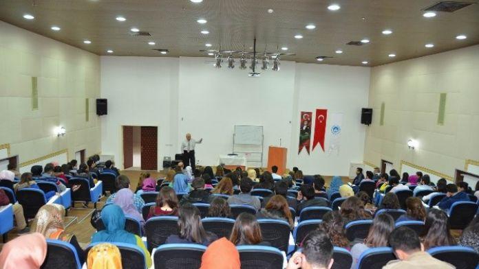 'Neden Sigorta Sektörü?' Konferansı Düzenlendi