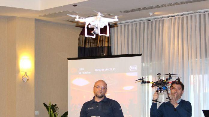Dünyada bir ilk: Drone'lu sunum
