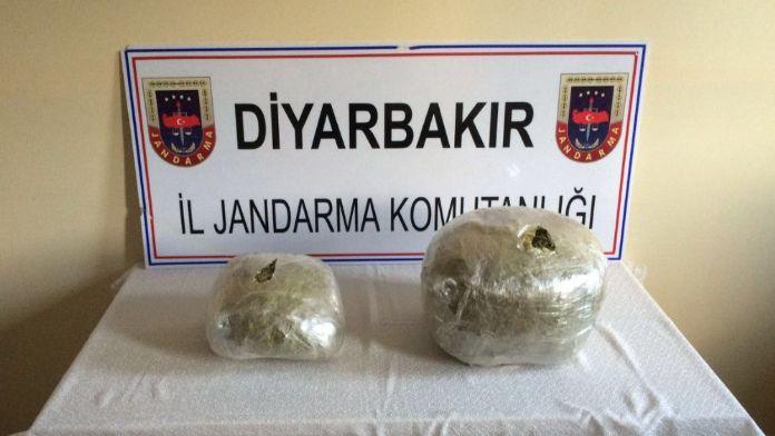 Diyarbakır'da 29 kilo esrar ele geçirildi