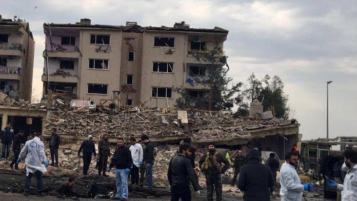 Yüksekova'da PKK'dan hain saldırı