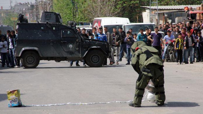 Adana'da bomba düzeneği imha edildi
