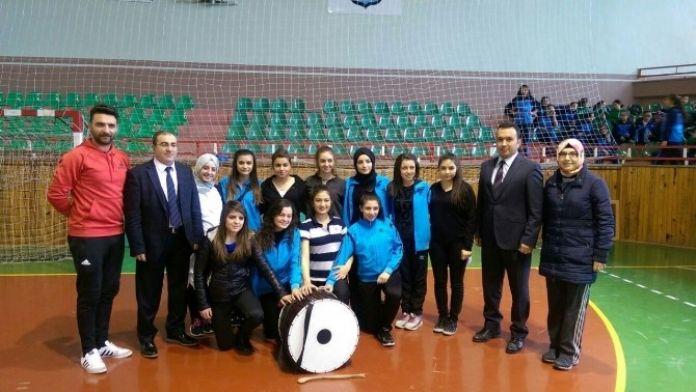 Gençlik Merkezi Halk Oyunları Ekibi, Kayseri'de Grup Yarışmasına Katılacak