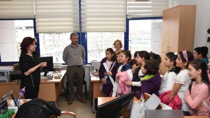Okul Öğrencilerinden Ziyaret
