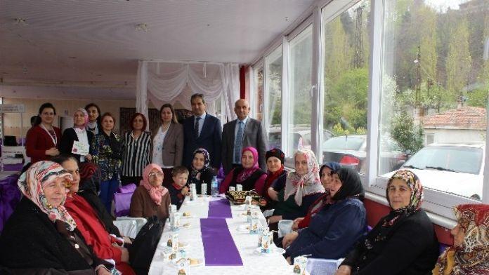 Kozlu'da Yaşlılar Haftası Nedeniyle Fiziksel Aktivite Etkinliği Düzenlendi