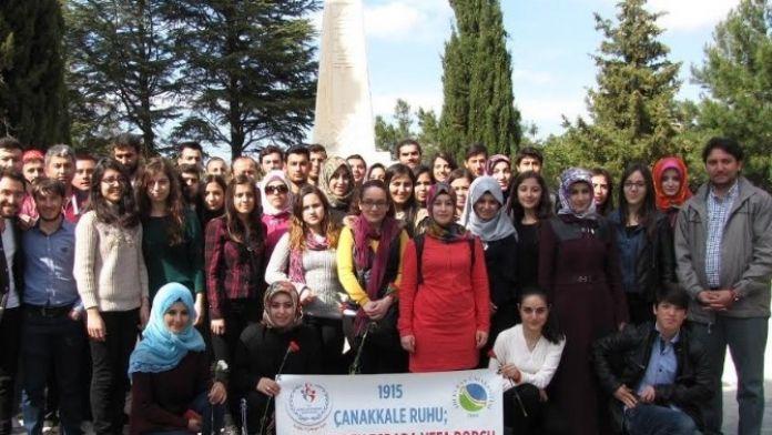 AEÜ Özgür Düşünce Topluluğu Çanakkale'ye Ziyaret Düzenledi