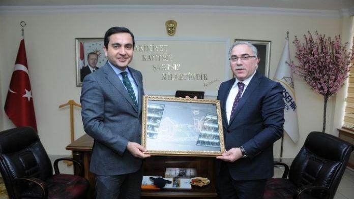 TOKİ Başkanı Mehmet Ergün Turan Kırşehir'de