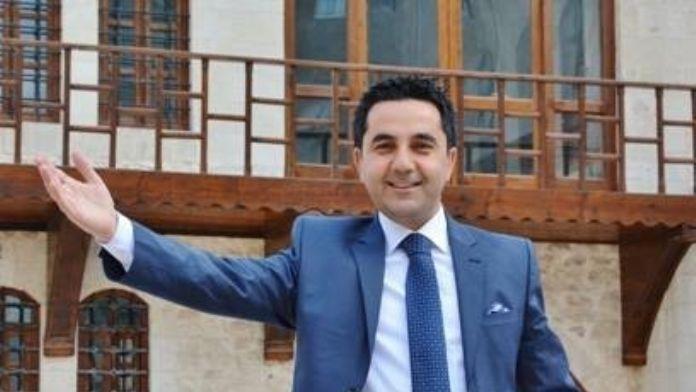 Mahmut Karadağ 'Kurşunu Kalem Eyle' Türküsüne Klip Çekti