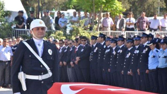 Şırnak'ta 1 Polisimizi Kaybettik