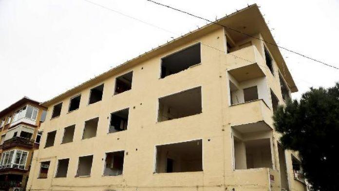 Maltepe'de yıkımlara 'asbest' şartı getirildi