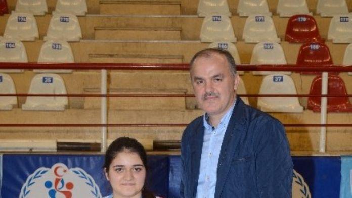 Pamukkale Belediyespor Milli Takıma Oyuncu Gönderdi