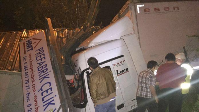 Direksiyonda kalp krizi geçiren sürücü öldü
