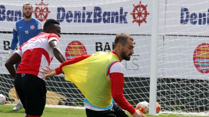 Antalyaspor Akhisar mesaisinde