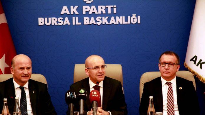 'Türkiye ekonomisi geçen yıl yüzde 4 civarında büyüdü'