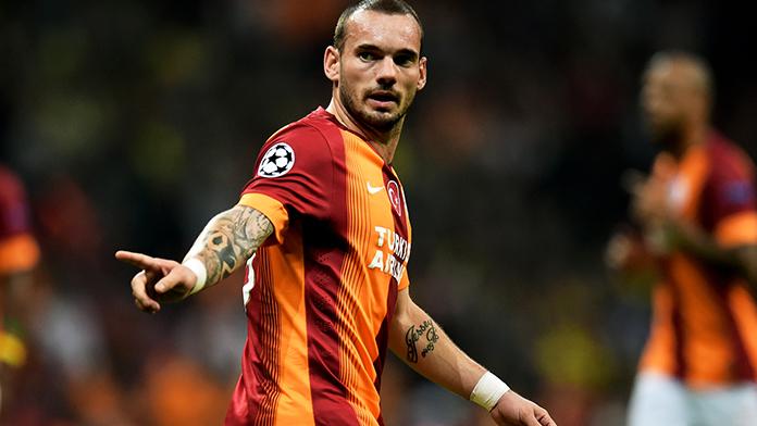 Galatasaraylı Wesley Sneijder, görev alamayacak