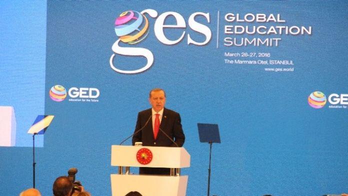 Cumhurbaşkanı Erdoğan: 'Eğitim Sistemini Yeniden Ele Almalıyız'