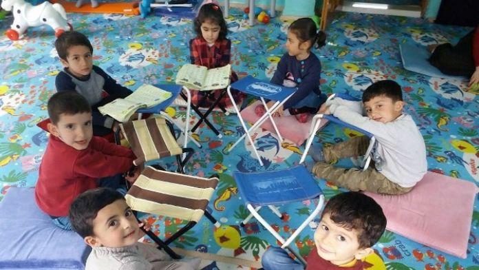 Minik Öğrenciler Kur'an-ı Kerim'e Geçiş Heyecanı Yaşadı