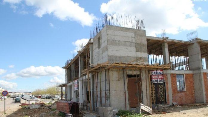Didim'de Yardımsevenler Cami İnşaatına Bağışta Bulundu