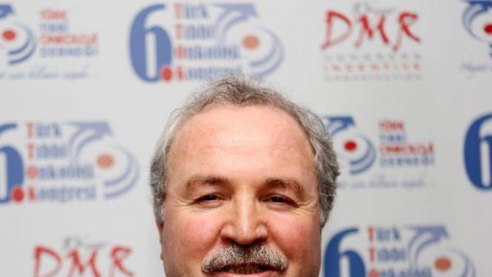 Türk Tıbbi Onkoloji Derneği: Kanserlerin yarısı 65 yaş ve üstünde görülüyor