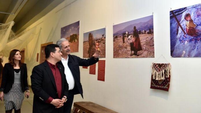 Tütüncü 'Yörük Gelini' Sergisini Ziyaret Etti