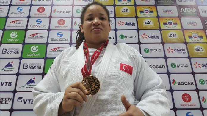 Judo'da Sayra Sait'ten altın madalya