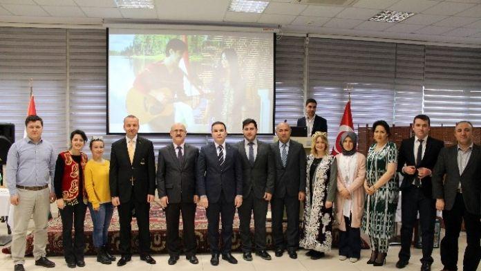 Tacik Öğrenciler, Fsm Vakıf Üniversitesinde Nevruz'u Kutladı