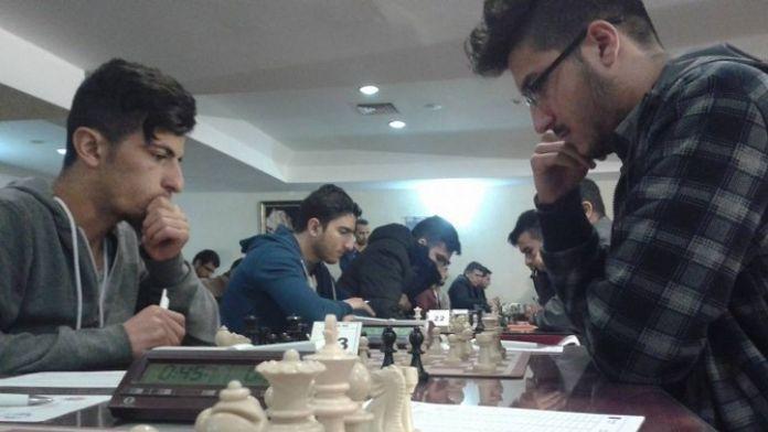Üniversiteside Satranç Turnuvası