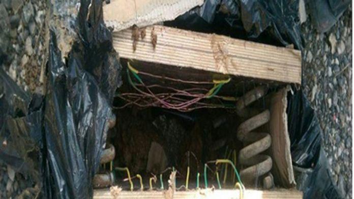 Teröristlerden bina girişlerine 'amortisörlü bomba'