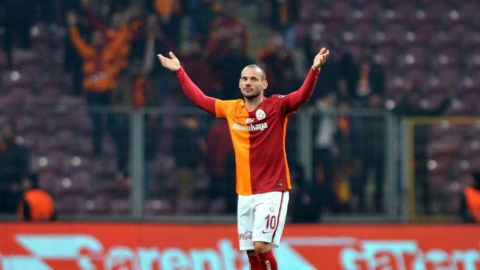 Sneijder derbiye yetişecek mi?