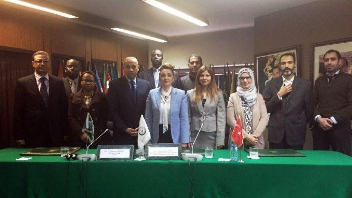 Nezaket Atasoy Kasablanka'da Medikal EXPO Fuarı'nın Açılış Törenine Katıldı