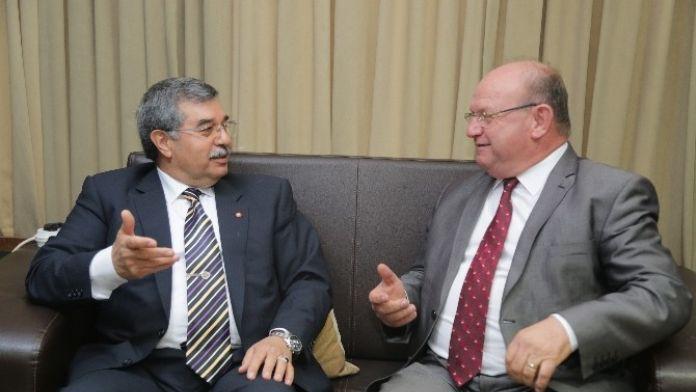 Çulhaoğlu: 'Adana'da Kamp Yeri Eksikliği Var'