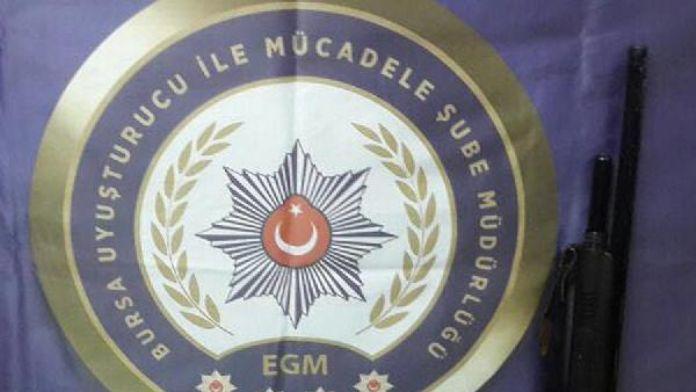 Bursa'da üniversite öğrencilerine uyuşturucu satan 6 kişi yakalandı