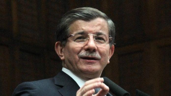 Başbakan Davutoğlu'ndan 'Sokağa Çıkın' Çağrısı