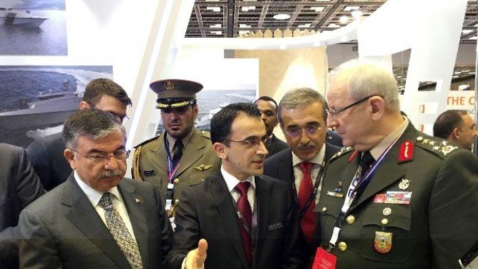 Savunma Bakanı Yılmaz, Duvar Arkası Radarı İnceledi Stm'nin Ürettiği 'Duvar Arkası Radar' İlk Kez Dimdex Fuarında Sergilendi