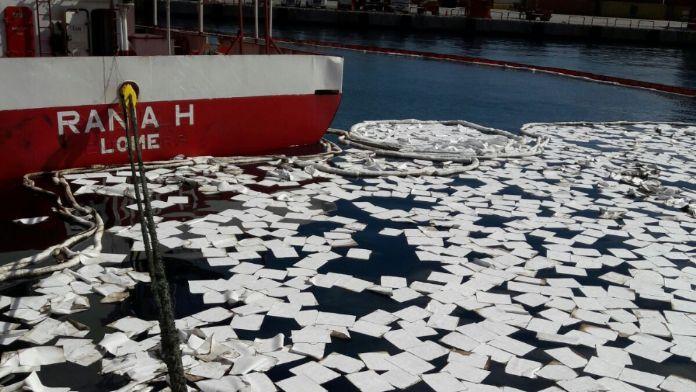 Denizi kirleten gemiye 58 bin lira ceza