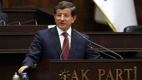 Ahmet Davutoğlu: 'Kaos ve kriz bekleyenler boşuna bekleyecekler. Biz buna asla izin vermeyeceğiz.'