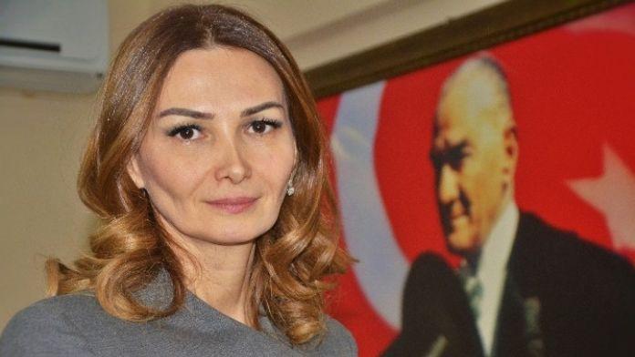 Azeri Vekil Paşayeva: 'Bugün Türkiye'ye Sahip Çıkma Zamanıdır'