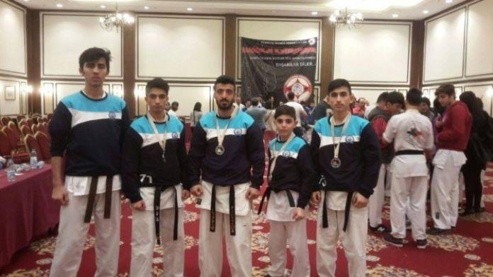Karatede Yıldırım'a Bir Şampiyonluk Daha