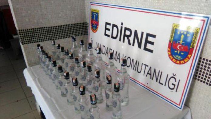 Edirne'de 27 şişe sahte rakı ele geçirildi