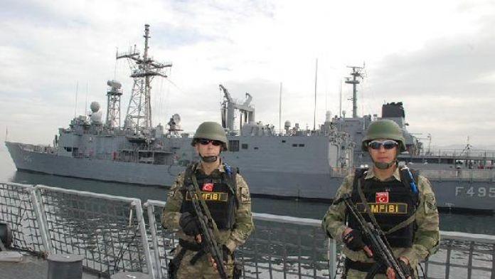 Rus askeri heyeti Foça'da
