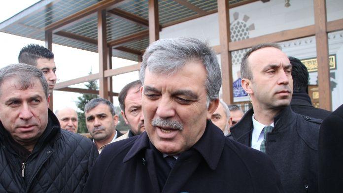 Gül'den Pakistan Başbakanı Şerif'e taziye telefonu