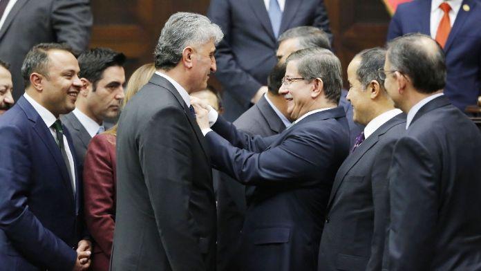 MHP'li Başkan AK Parti'ye geçti