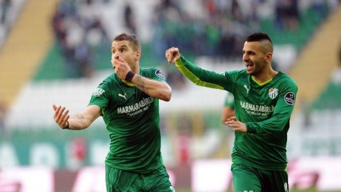 Bursaspor'u Beşiktaş Maçı Öncesi Bekleyen Tehlike