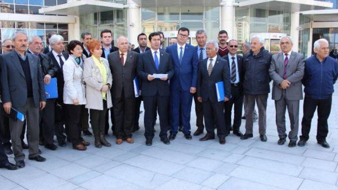 CHP'lilerden hükümet hakkında suç duyurusu